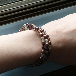 Beaded wire bracelet or necklace
